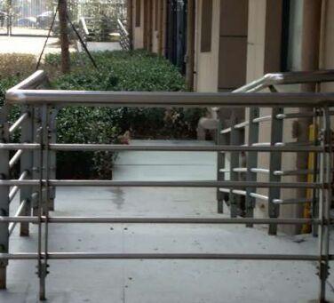 不锈钢栏杆2