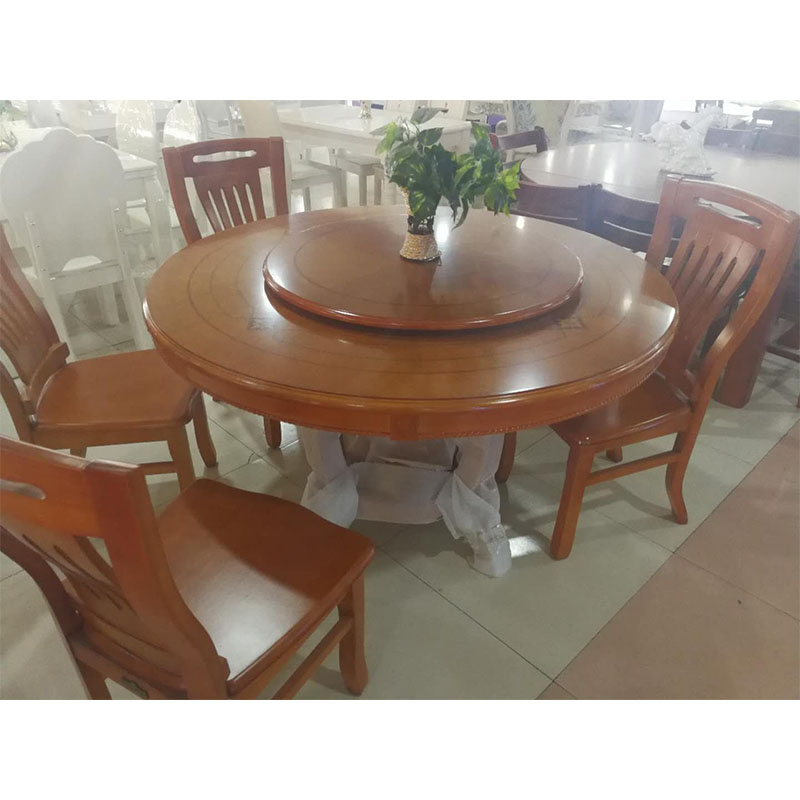橡木圆餐桌