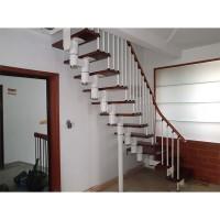 安步钢木楼梯