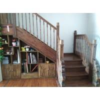 安步实木楼梯