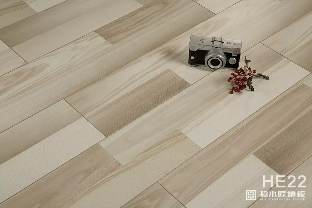 高圆圆木地板 强化复合地板HE22