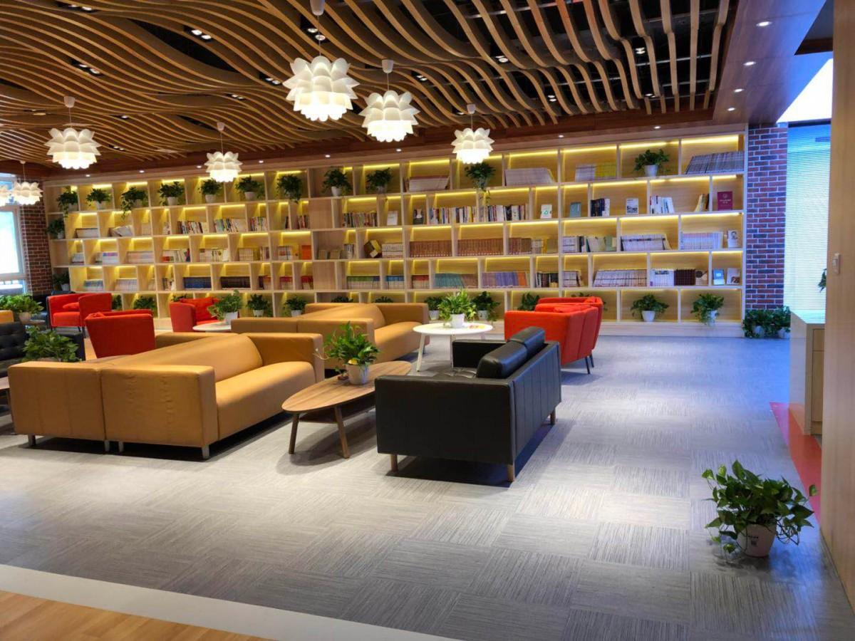 济南PVC片材地板 办公楼 商场店铺用